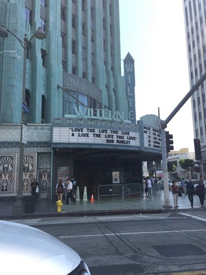 LA 유명 Wiltern극장.레게뮤직전설 밥말리의명언
