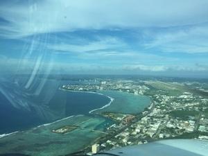 경비행기 아래서 본 괌시내