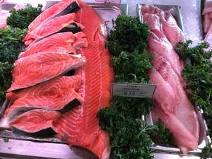 Fish market 생선 신선하네요
