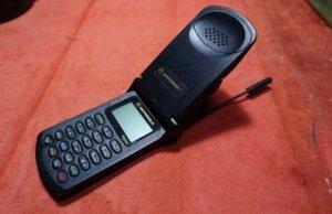5G로 나와도 기본은 팔릴 것 같은 핸드폰