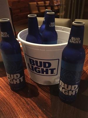 Bud Light 시원하게 한잔하세용 ㅎㅎ