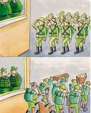 전쟁은 병사가하고 훈장은 간부가