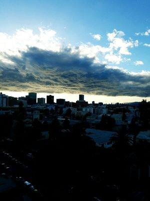 와우~어제의 먹구름...멋있지만...하야하라...ㅋㅋ